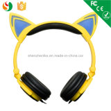 Feito em auscultadores feitos sob encomenda prendidos estereofónicos da orelha de gato de China