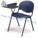 Cadeira plástica da escrita do estudante Hzpc008 com preço da promoção