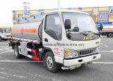 JAC 4X2 4000 L - 5000 L camion dell'erogatore del serbatoio di trasporto dell'olio