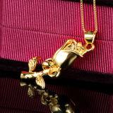 女性の民俗様式24kローズの金の銀のネックレスの吊り下げ式のバレンタインデーのギフト