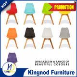 Présidences en plastique colorées par pp sans bras de modèle de meubles en plastique de présidence de vente en gros des prix raisonnables