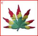피복 (YH-EB151)를 위한 주문을 받아서 만들어진 잎 모양 자수 기장 패치
