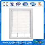 Fenêtre coulissante en aluminium à la série 70 de couleur blanche avec crépuscule