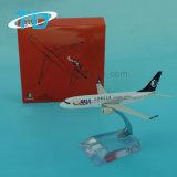Avión modelo B737-800 con los soportes de visualización de la demostración