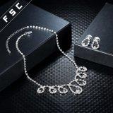 De Reeksen van de Juwelen van de Halsband van de manier en van het Huwelijk van Oorringen in Kristal