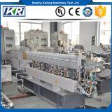 PVC/LDPE/XLPE de warmtegevoelige Korrels die van Materialen Extruder In twee stadia van de Schroef van het Recycling de Tweeling maken