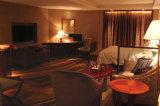 贅沢なデザインホテルの寝室の家具セット