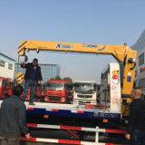 6개의 바퀴 구조차 트럭은 판매를 위한 기중기로 거치했다