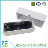 Einzelnes weißes Firmenzeichen-kundenspezifische Sonnenbrillen, die Kästen verpacken