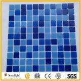 Мозаика голубого цвета плитки мозаики стеклянная для украшения бедных заплывания