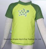 Swimwear della camicia del ragazzo