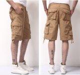 Cortocircuitos de la manera de los hombres en pantalones cortos ocasionales del algodón