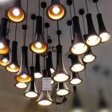 ペンダント灯をハングさせる現代小型黒いアルミニウムLED中断はレストランのための照明をつける