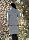 Пальто свитера шерстей зимы женщин тяжелое с кнопками