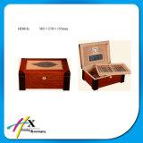 Contenitore di sigaro di legno di lusso del cedro con l'umidificatore