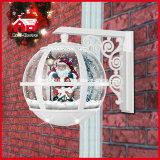 Decorazione bianca di nevicata del Babbo Natale di colore della lampada da parete di natale bella