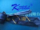 Cravate ordinaire de Polyeter de bleu royal avec le logo à la partie moyenne