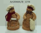 Расширяя родители Gingerbread с младенцами, украшением Asst-Рождества 2