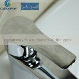 Singolo rubinetto del bacino della leva con la fabbrica diretta
