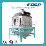 Машина охладителя животного питания с охлаждая лепешкой питания