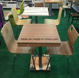 Tabela e cadeira de madeira laminadas de jantar para o restaurante