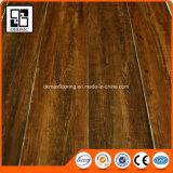 Planche auto-adhésive de PVC d'étage en plastique/planche de vinyle