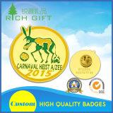 Personalizar o emblema macio do Pin do ferro do metal/do Lapel do esmalte estampagem de bronze para a promoção