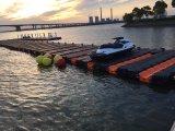 Sistema flotante del muelle de Jetski