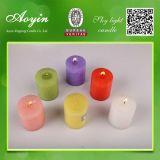 A coluna Candles a vela decorativa da igreja da vela com cor diferente