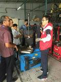 2017タイヤ修理またはタイヤのチェンジャーのための新しい高品質の中国のタイヤのチェンジャーおよびホイール・バランサまたは機械