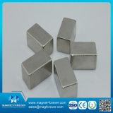 Magneet van het Neodymium NdFeB van het blok de Sterke Permanente voor de Magnetische die Uitstekende kwaliteit van Materialen voor Motor wordt vervaardigd