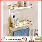 Estante de aluminio de la cocina del cuarto de baño del espacio con el estante del estante de toalla de oro
