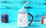 Tasse de café en céramique faite sur commande de thé d'ODM avec la paille de couvercle