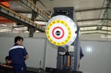 Marco vertical Center-Pqa-540 que trabaja a máquina que muele del producto