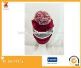 Chapéu bonito de venda quente do inverno do jacquard com parte superior de POM POM