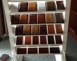 Porte en bois de qualité avec la glace transparente en tant que pièce intérieure