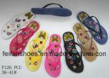 Тапочки PVC дешевых размеров женщин единственные, цветастые сандалии в большом части для рынка Африки (FFLT1017-01)