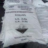 KOH 수산화 칼륨은 좋은 가격으로 얇은 조각이 된다