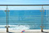Балюстрада балкона нержавеющей стали стеклянная, стеклянная загородка, Semi Railing лестницы столба стеклянный