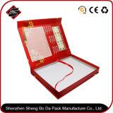 Подгоняйте коробку подарка прямоугольника бумажную упаковывая