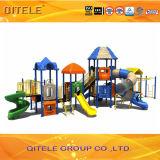 Hotsalesの遊園地のための大きく多彩な子供の運動場装置