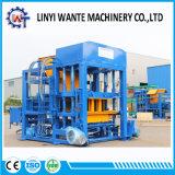 Blocco in calcestruzzo vuoto completamente automatico Qt4-18 del macchinario di Linyi Wante che fa macchina