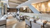 Het in het groot Houten Meubilair van het Restaurant van het Hotel, de Lijst van het Restaurant en Stoel