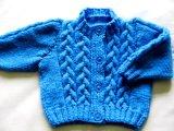Kabel handgestricktes Baby-Strickjacke-Wolljacke-Kleid-Pullover-Kleid