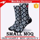 Socken der Form-Sublimation-Männer kundenspezifisch