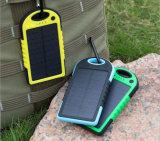 FCC Powerbank impermeabile solare 5000mAh di RoHS del CE misura per Samsung LG HTC