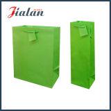 Insignia de encargo del color verde hecha bolsa de papel impresa Pantone barata