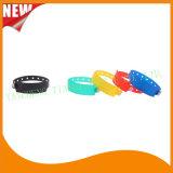 Faixas feitas sob encomenda do bracelete do Wristband da identificação do plástico de vinil do entretenimento (E6060B42)