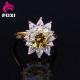 Grand boucles plaquées de la CZ de mode de modèle de forme de fleur par or