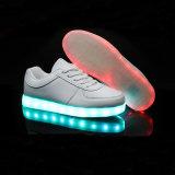 Stelde de Lichtgevende LEIDENE van de gloed Lichte Lace-up Batterij van Schoenen Unisex-Schoenen in werking